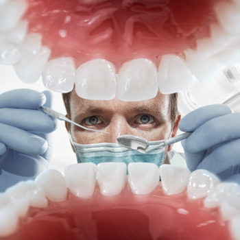 5 Signs You Need To See The Dentist