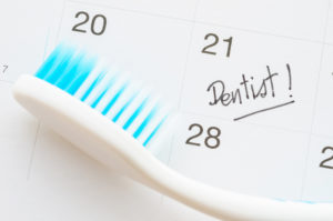 5 Signs It's Time To Visit The Dentist